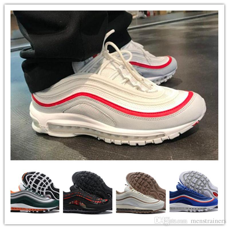 f99d55a488c9 Newest Men 97 OG White Red Run Sport Shoes Retro Mens 97 SE Tartan Designer  Sneakers Airs Men Trainers Maxes Premium Eu40 46 Running Spikes Track Shoes  From ...