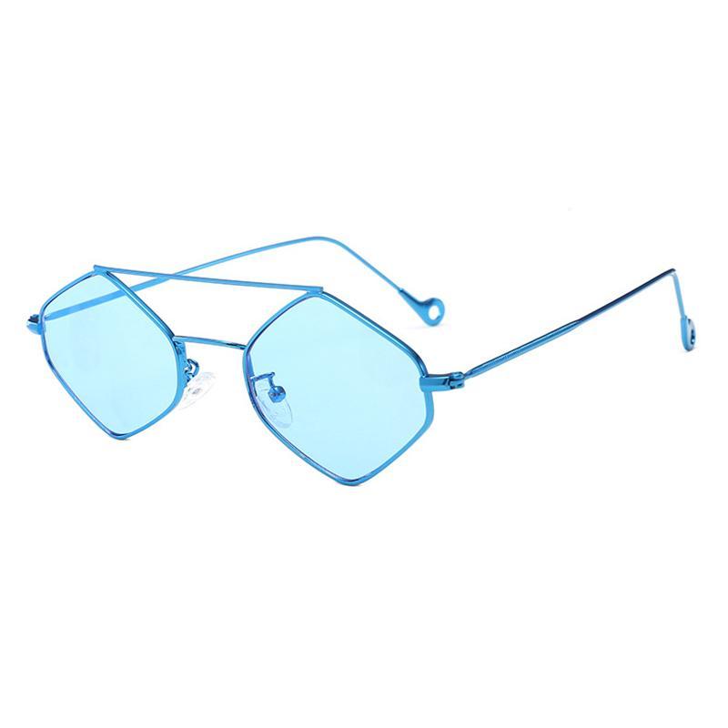 Compre New Diamante Óculos De Sol Moda Feixe Duplo Anti UV Sombra Óculos De  Sol Das Mulheres De Armação De Metal Óculos Gafas De Sol Mujer Oculos H5 De  ... a7dc634c11
