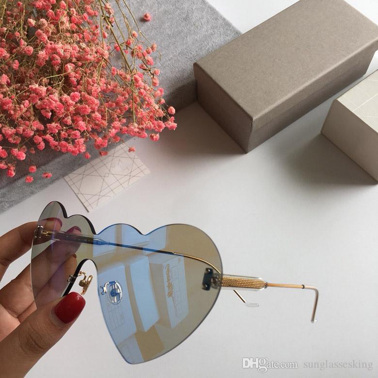 e13f0dfb14 Compre Dior Heart Shaped Las Mejores Gafas De Sol De Marca De Lujo De Las  Mujeres Sexy Único En Forma De Corazón De Diseño Gafas De Sol De Luz De  Gran ...