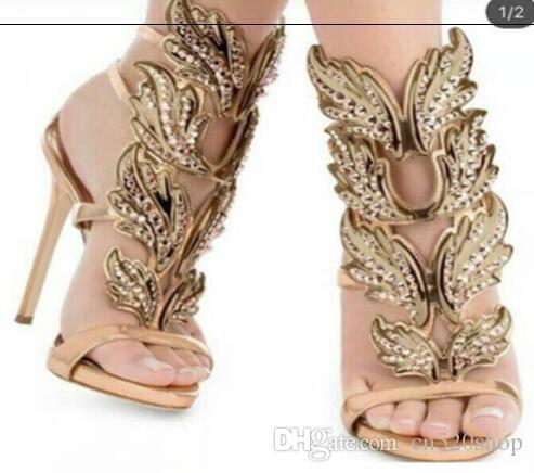 Acquista Sandali Stile Donna Di Lusso 2018 Fiamma Foglia Metallo Ala Con  Dimond Rose Gld Tacco Alto Clubwear Notte Fuori Donne Sexy Pompe Scarpe  Vestito 35 ... 87c63a85a7a