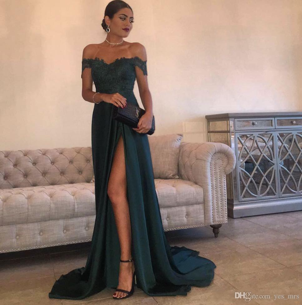 2020 Sexy Dark Green Sexy Prom Dresses A Line Off Shoulder Sweep Train Side Split Lace Appliques Elegant Long Evening Gowns Wear Party Dress
