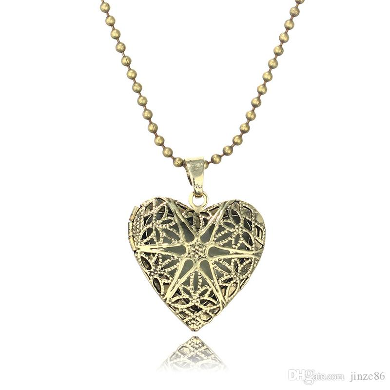 Glowing In The Dark Pendant Necklaces Silver Color Chain Necklaces Hollow Filigree Cage Design Choker Necklace Heart Shape Pendants Jewelry