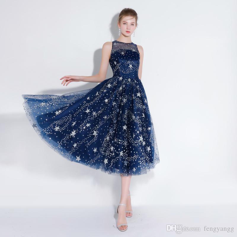 0bc29c23c Compre 2018 Longitud De Té Sexy Vestidos Cortos De Cóctel Sin Estrella  Patrón De Estrella Nuevo Vestido De Fiesta Formal Vestido De Fiesta Para  Mujer A ...