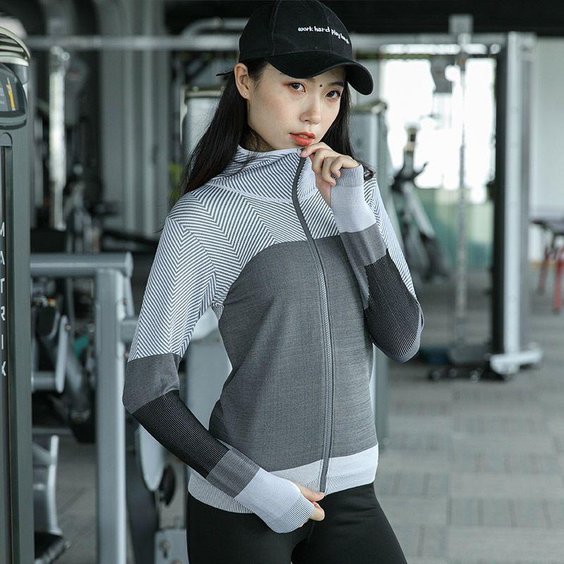2019 Hot Women Hooded Running Jacket Long Sleeve Sweatshirt Ladies Yoga  Sports Zipper Jacket Fitness Gym Shirts Women S Dropship From Yogostore f8cea5186