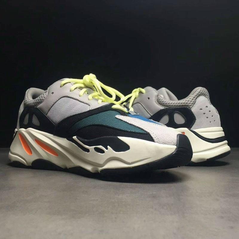 125a3420b37 Yeezy 700 Da Kanye Corsa Novità Runner Adidas Acquista Boost Scarpe UAT5fTq