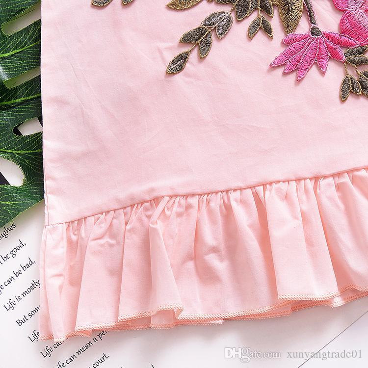 Girls Dresses INS 여름 아기 옷 플라이 슬리브 단색 꽃 꽃 주름 장식 드레스 치마 핑크 키즈 비치 드레스 무료 배송 220