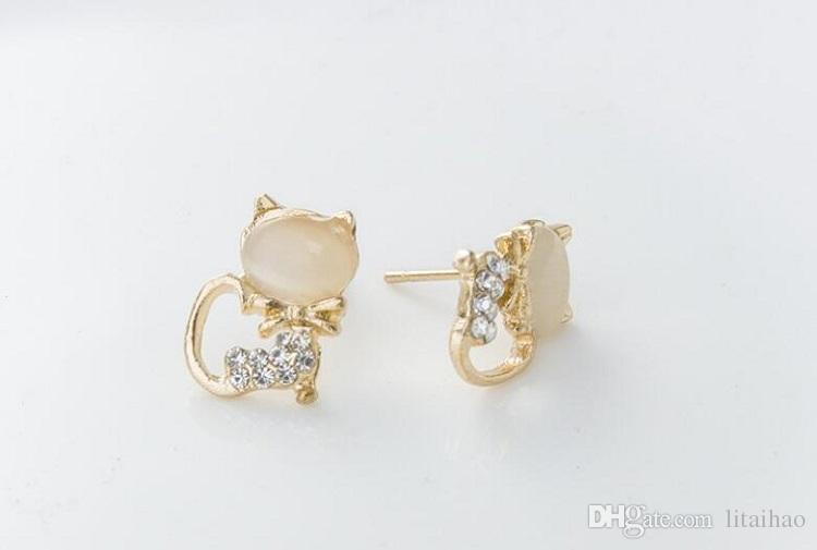 New style Diamond insert jewelry Earrings design crystal stud Cat's eye stone Earrings Little cat shape Not fading zircon Ear Studs
