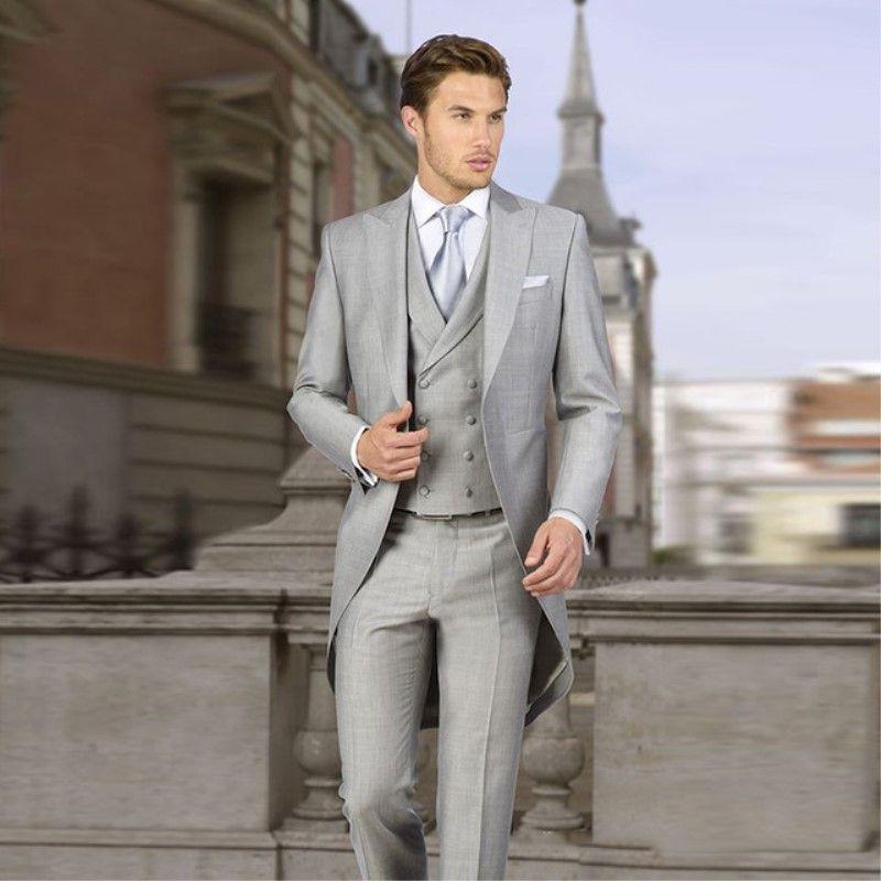9b8656e6a Trajes de Boda de Tailcoat Grises Italianos para Hombres Trajes de Boda de  Esmoquin Retro Slim Fit de 3 piezas Chaqueta Pantalones de Pecho Doble ...