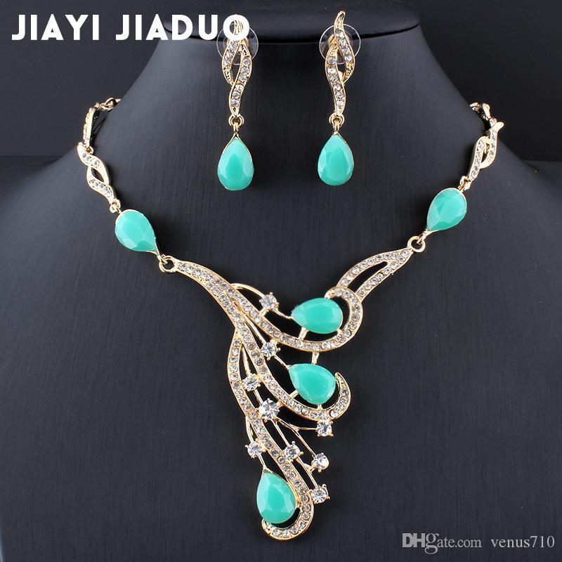 f8f85ef729ff Compre Jiayijiaduo Conjunto De Joyas Africanas Accesorios De Vestido De Boda  Hermosas Mujeres Pendientes De Collar De Oro Conjunto De Accesorios De Boda  A ...