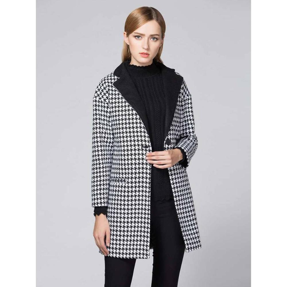 Womens coat: a pattern. Pattern of a female winter coat