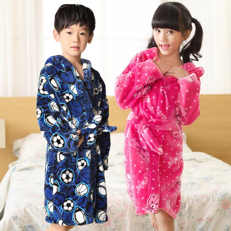 39d8bdfd05b3 Fashion 2018 Children s Bathrobe Autumn Winter Warm Flannel ...