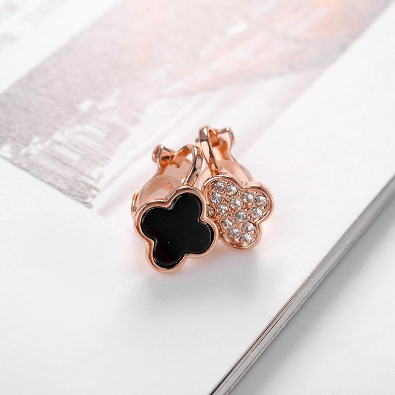 Kovtia Nouveau Design Or Rose Couleur Oreille Manchette Asymétrie Trèfle Clip Sur Boucles D'oreilles Sans Piercing Pour Les Femmes