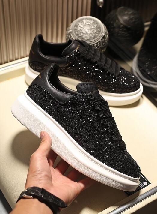 33f2a2a91b1 Fashion Designer Casual Shoes Women Men Mens Daily Lifestyle ...