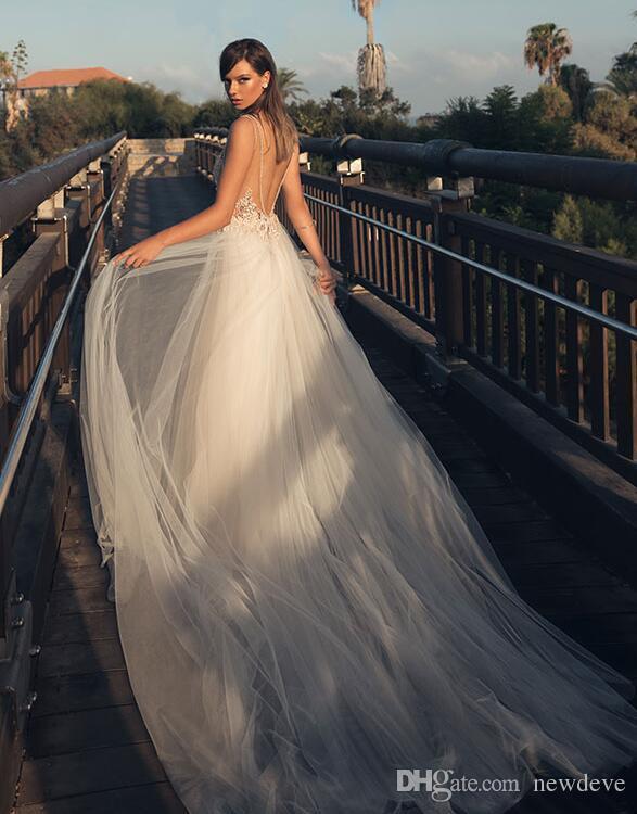 Julie Vino 2018 Boho Country Style Sexy Plus Size Abito da sposa Profondo scollo a V in pizzo Abiti da sposa Abiti da sposa