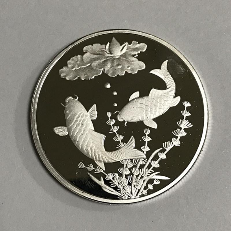 20 Pc Non Magnetic The Koi Fancy Carp Coin Chinese Lucky Furtune Animal Lotus Silver Plated 40 Mm Badge Souvenir Decoration Coin