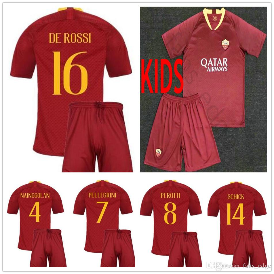 2018 2019 Niños Roma Inicio Red Soccer Jerseys Totti Dzeko Nainggolan Futbol  Camisa Fútbol Camisetas Camiseta Kit Maillot Como Roma Youth Shirt Por ... 62204f50438ad