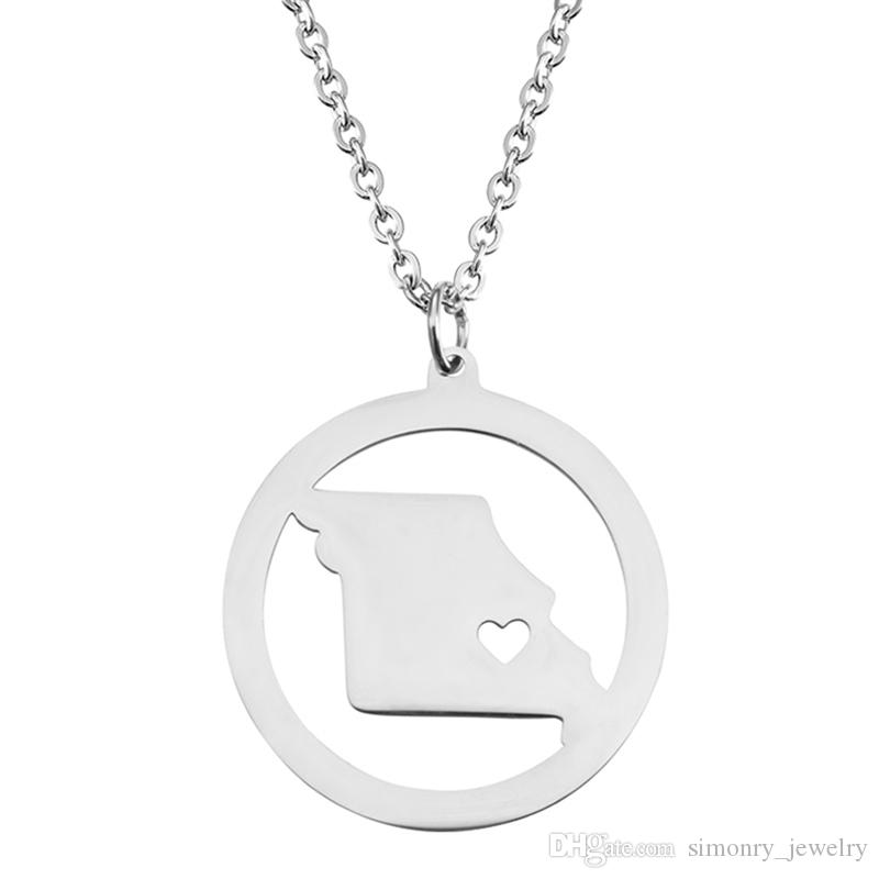 Missouri Map Pendant Necklace with Love Heart Stainless Steel USA State MO Geography Map Necklaces Jewelry for Women and Men