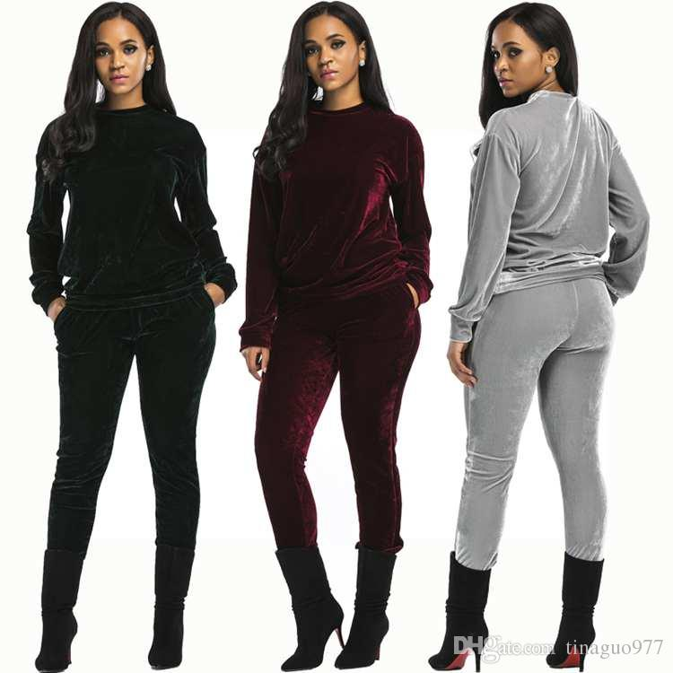e06ee293796 2019 Velour Womens Tracksuits Pullover Sweatshirt And Long Pants With  Pockets For Jogging Gray Blue Wine Red From Tinaguo977