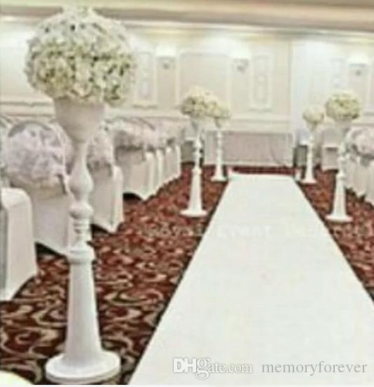110 cm yüksek toptan beyaz metal koridor standları düğün / sütunlar / düğün kristal geçit çiçek düğün dekorasyon için standı