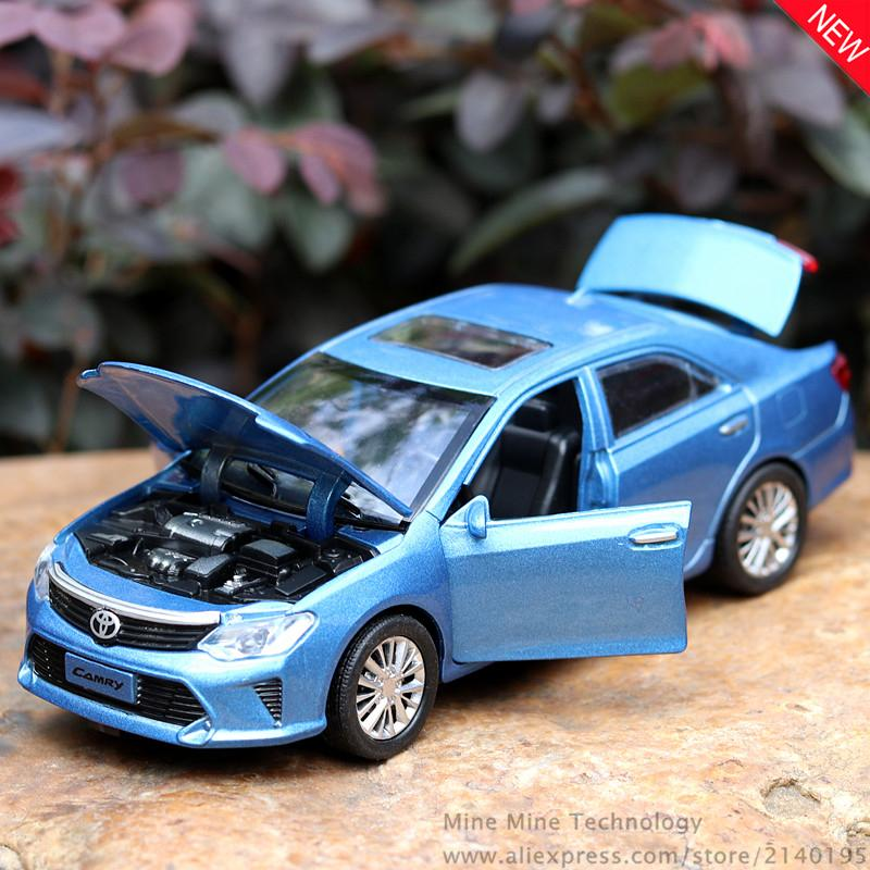 Acheter Mini Auto 132 Livraison Gratuite Toyota Camry Alliage