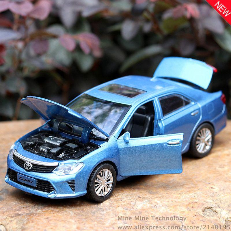 2019 Mini Auto 132 Toyota Camry Alloy Diecast Car Model Pull Back
