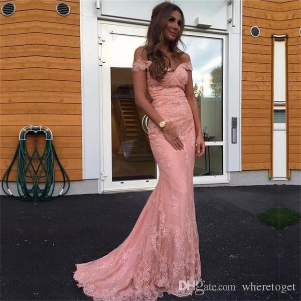Off The Shoulder Abiti da sera Mermaid 2019 Pizzo rosa Prom Dress long sweep treno Abiti da donna formale Celebrity Party