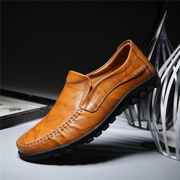 cbc0a3a998 Compre Sapatos Causais De Luxo Homens Mocassins De Couro Mocassins Macho  Sapatilhas Genuínas Barco De Couro Sapato Tamanho Us6 10 Ak8016 De  Lerongrong02