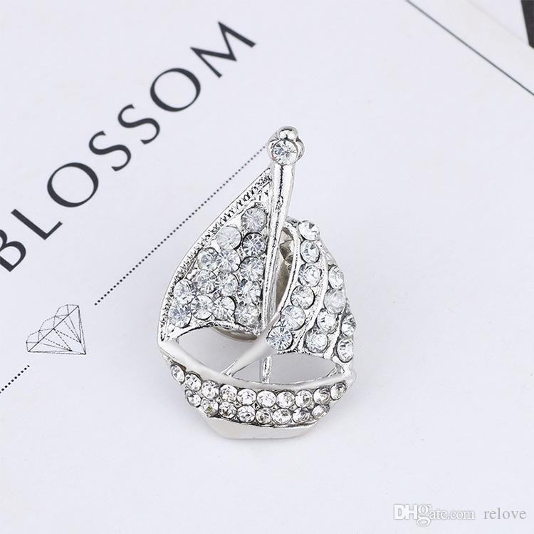 Rhinestone Crystal Sailing Boat Brooches Scraf Pin Korean Style Elegant Fashion Crystal Concise Classic High Quality Pin Brooches
