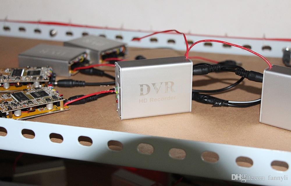 Nouveau 1Ch Mini DVR Support Carte SD En Temps Réel Xbox HD 1 Canal cctv DVR Enregistreur Vidéo Conseil Compression Vidéo Couleur Blanc