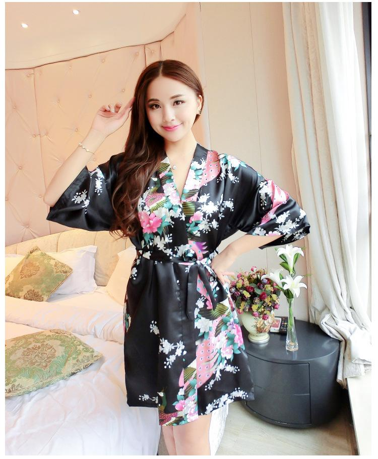 ca734d4af1 2019 Silk Satin Wedding Bride Bridesmaid Robe Floral Bathrobe Short Kimono  Robe Night Bath Fashion Dressing Gown For Women From Xiayuhe