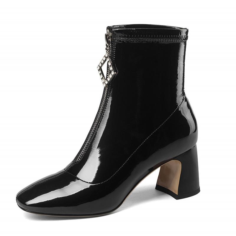 Compre Mulheres Chelsea Boot Sapatos De Salto Alto Mulher 2018 New Outono  Botas Mulheres Sapatos Casuais Martin Couro Genuíno Botas DR A0048 De  Wiskey 1593a0bfb45da