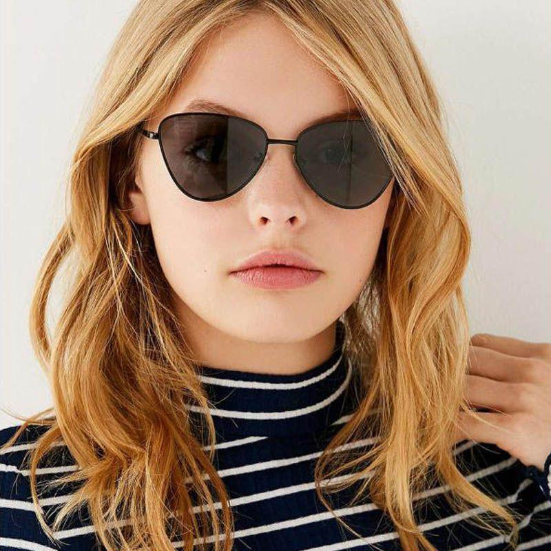 de002bdf2862c Compre Senhoras 90 S Triângulo Óculos De Sol Pequeno Olho De Gato Para As  Mulheres 2018 Moda Matizada Homens Óculos De Sol Do Vintage Eyewear Oculos  UV400 ...