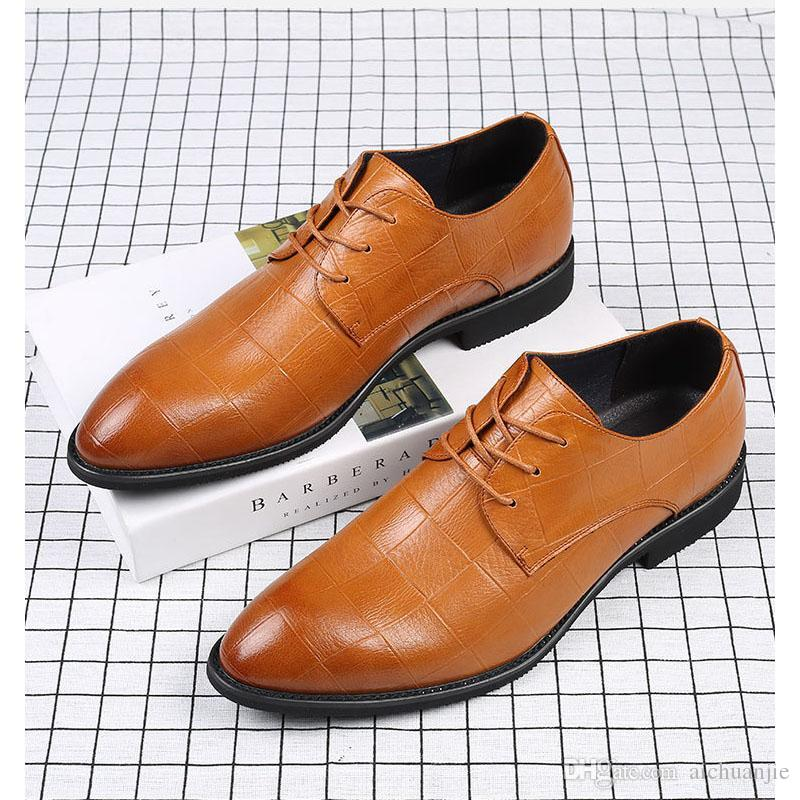 34bff3424b Compre Zapatos De Vestir Modernos Para Hombres Formal Toe Toe Con Cordones  Oxford Zapatos Hechos A Mano De Cuero Genuino Hombres Brogue Azul Vino Rojo  A ...