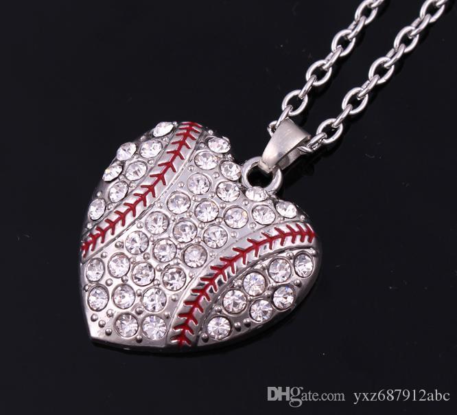 26mm * 28mm moda sport gioielli molto rodiato placcato strass cuore baseball o softball pendente collana