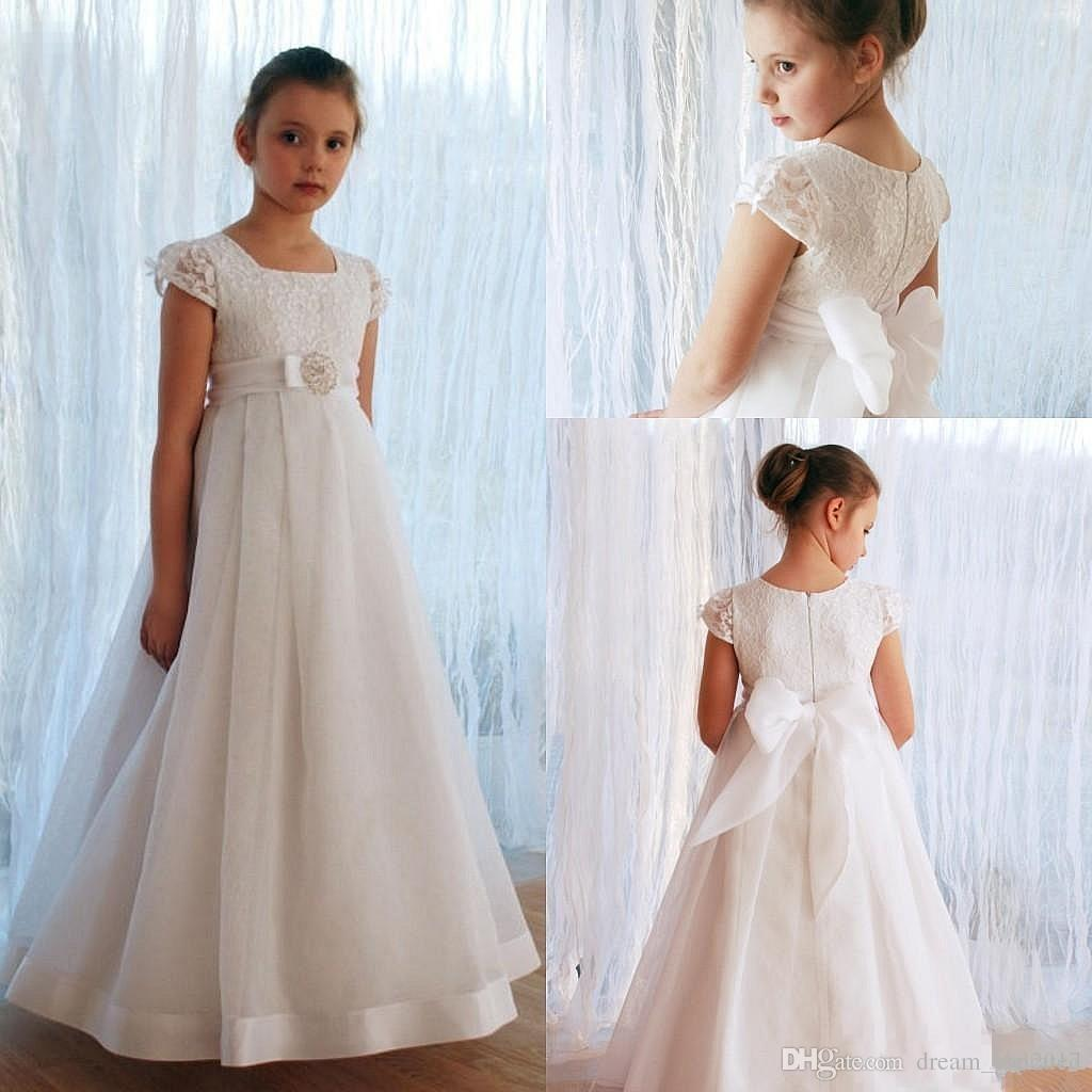 9d8735f663b Lovely White Lace Appliques Flower Girl Dresses Kids Evening Gowns For  Wedding Short Sleeves Floor Long With Bow First Communion Dresses Flowers  Girl ...