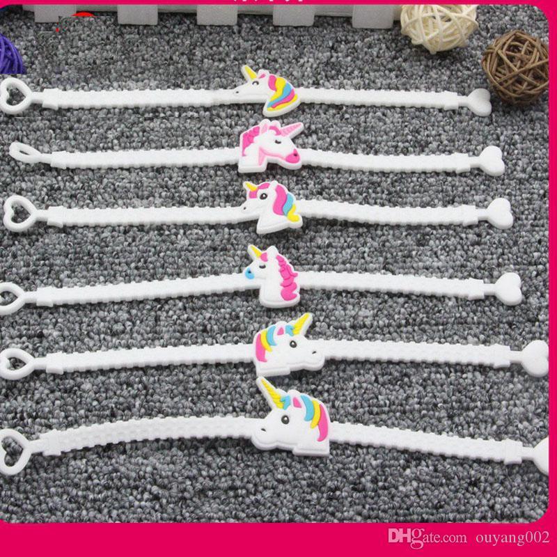 Bracelets en caoutchouc Emoji avec différents émoticônes pour les sacs d'anniversaire, cadeaux et autres cadeaux