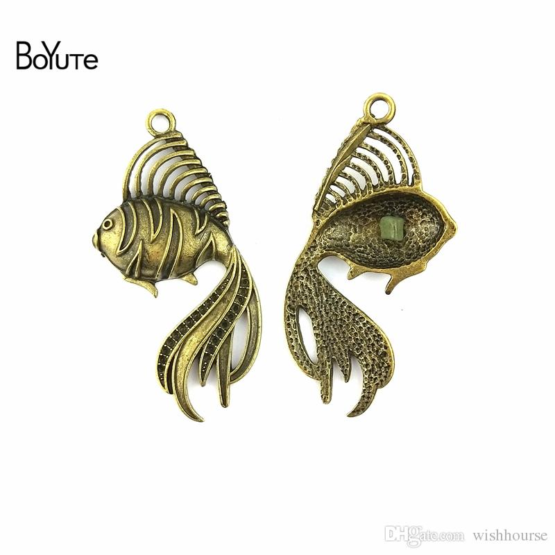 BoYuTe  56*32MM Antique Bronze Plated Zinc Alloy Fish Charms Pendant for Jewelry Findings Diy Accessories