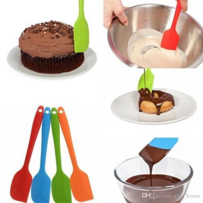 Yeni Silikon Spatula Krem / tereyağı Kazıyıcı yapışmaz Pişirme Pişirme için Kauçuk Kek Spatula Isıya Dayanıklı Bulaşık Makinesinde Güvenli Kek Araçları