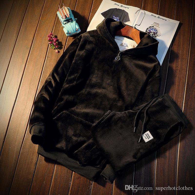 Winter Tracksuits Men Set Thicken Fleece Pullover Sweatshirt + Pants Suit Sportswear Set Male Hoodie Sporting Suits