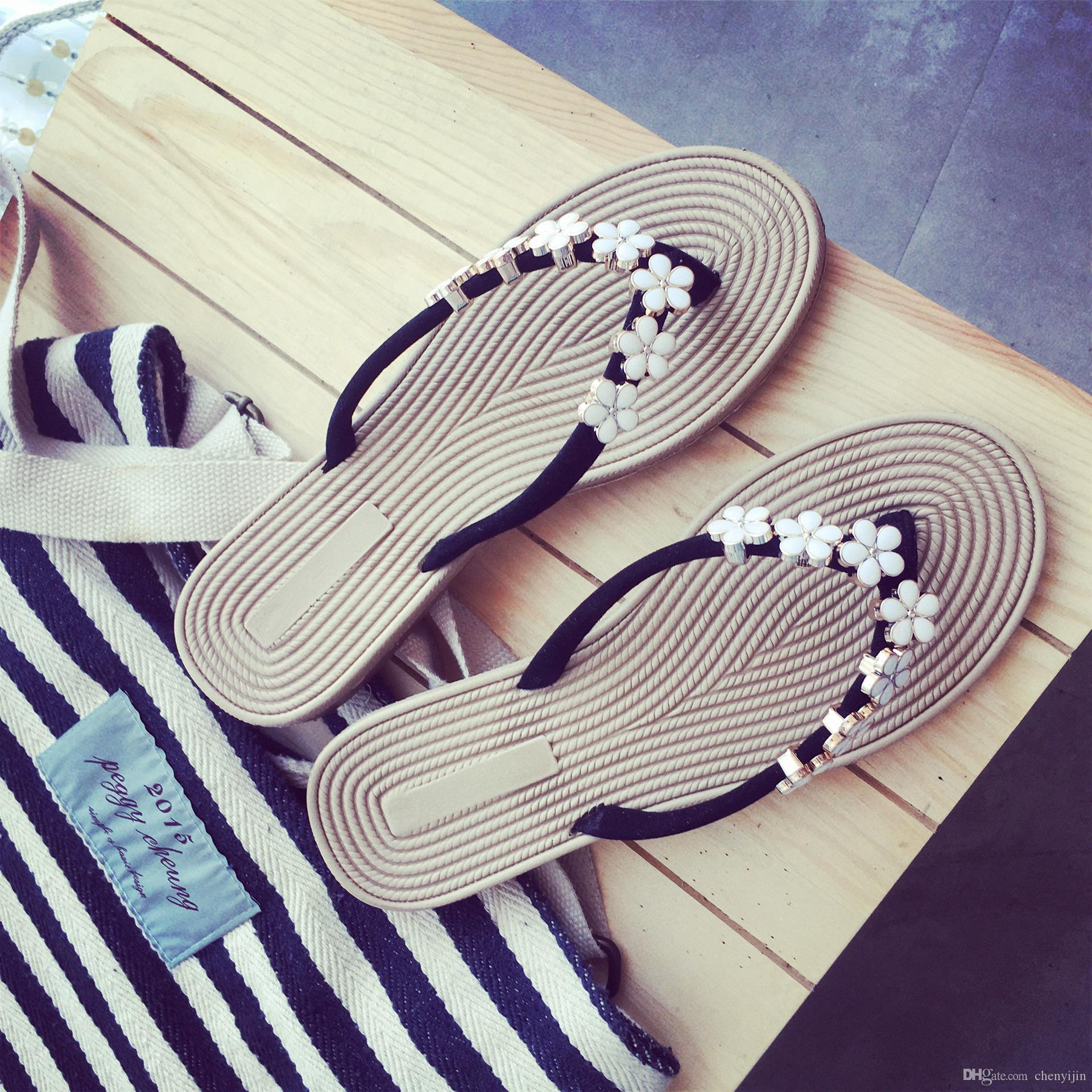 fe40dd93dd46d1 New Fashion Flower Beach Shoes Flat Bottom Leisure Sandals Female Shoes  Slippers Flip Flops Summer Cork Slipper Antiskid Slippers Wholesale Online  with ...