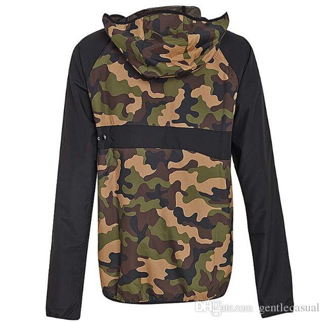 Compre Mens Designer De Inverno Casacos De Luxo Da Marca Blusão Para Os Homens  Jaqueta De Inverno Mulheres Mens Designer Jaquetas Mens Roupas De ... dbae350e807
