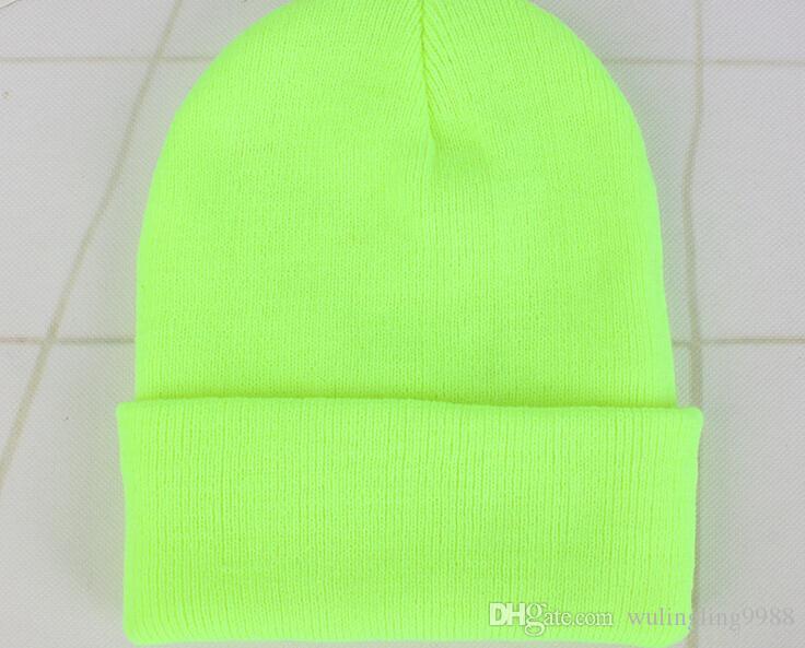23 Renkler Klasik Erkek Bayanlar Bayan Slouch Beanie Örme Boy Beanie Kafatası Şapka Severler Kintted Kap Katı Beanie Caps Caps