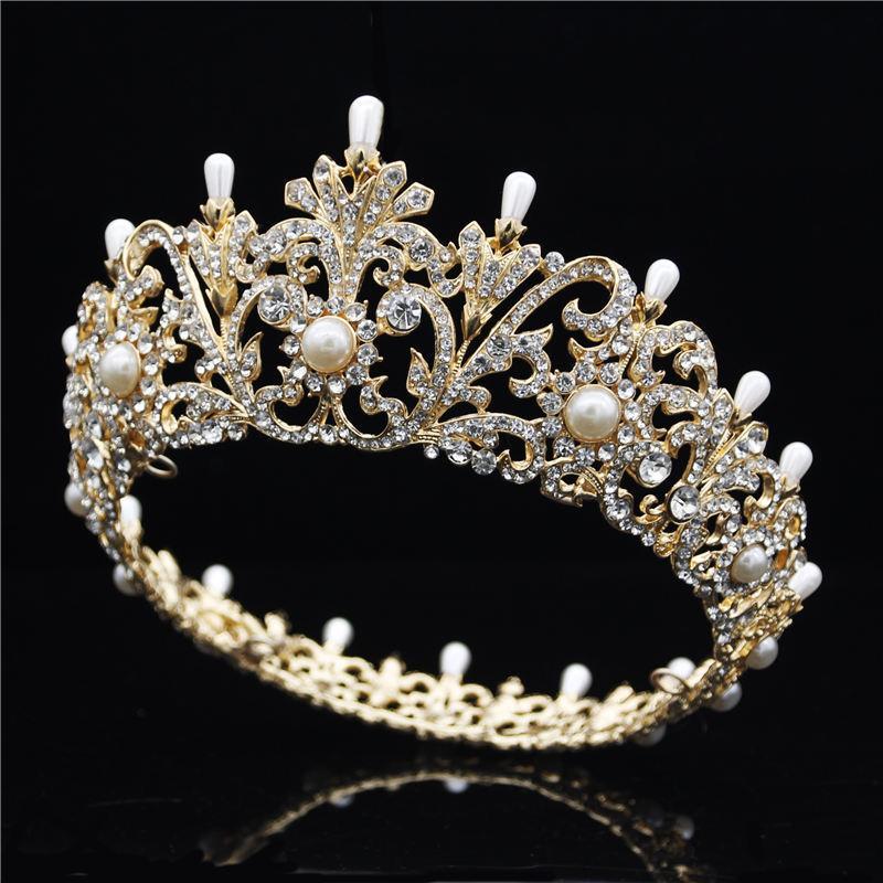 Acquista Tiara Spettacolo Matrimonio Corona Regina Nuziale Diademi E Corone  Fascia Prom Cena Accessori Capelli Da Sposa Gioielli Capelli C18110801 A   31.83 ... b0fc882f870f