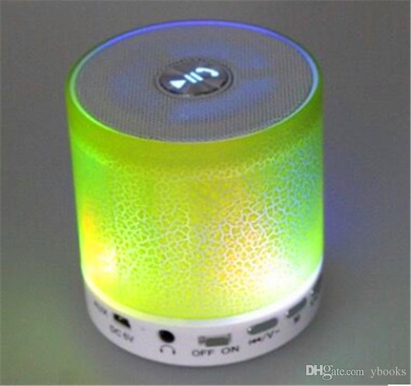 Kablosuz Hoparlör Bluetooth Mini Hoparlörler A9 Led Renkli Flaş Hoparlör FM Radyo TF Kart USB iPhone X 8 Cep Telefonu PC S8