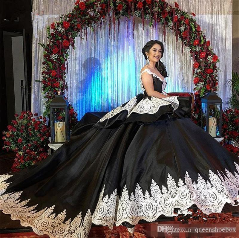 New 2018 Gothic Black Sweet 16 Masquerade Quinceanera Dresses White Lace Arabic Vestidos 15 Anos Girl Birthday Party Prom Gowns