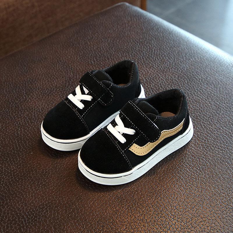 803cb1fa Compre Nueva Marca De Calzado Lindo Para Bebés Bebés De Tenis Cute Cool  Deportes Zapatillas De Deporte Del Bebé De Alta Calidad Cómodas Niñas  Zapatos A ...