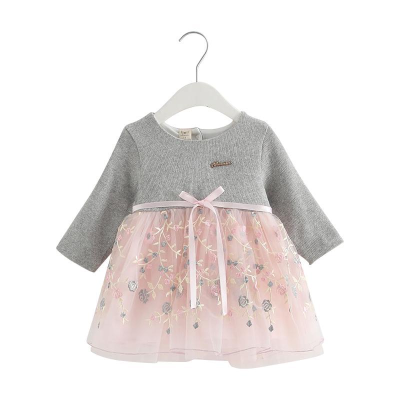 6620fa7c78 Compre Ropa De Bebé 2018 Nuevo Otoño Invierno Ropa De Bebé Niñas Bordado De  Punto Princesa Vestido Recién Nacido Para 6M 24M A  39.96 Del Mobiletoys ...