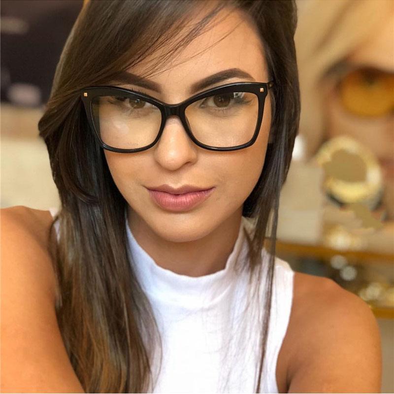 fb8cac2c6 Compre Armações De Óculos De Olho De Gato Mulheres Marca Óculos Ópticos  Quadro Mulheres Claro Lente Falsa Óculos Oversized Moda Eyewear Computador  De ...