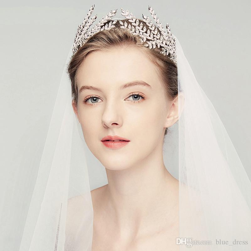 [تصویر:  silver-crystal-bridal-tiara-swarovski-rhinestone.jpg]