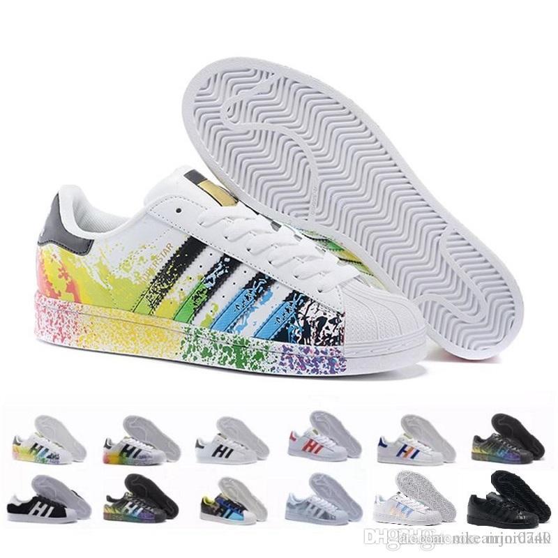 5a7bcd75adf Compre Adidas Superstar Stan 2018 Superstar White Hologram Iridescent  Junior Gold Superstars Sneakers Originals Super Star Mujeres Hombre  Deportes Casual ...